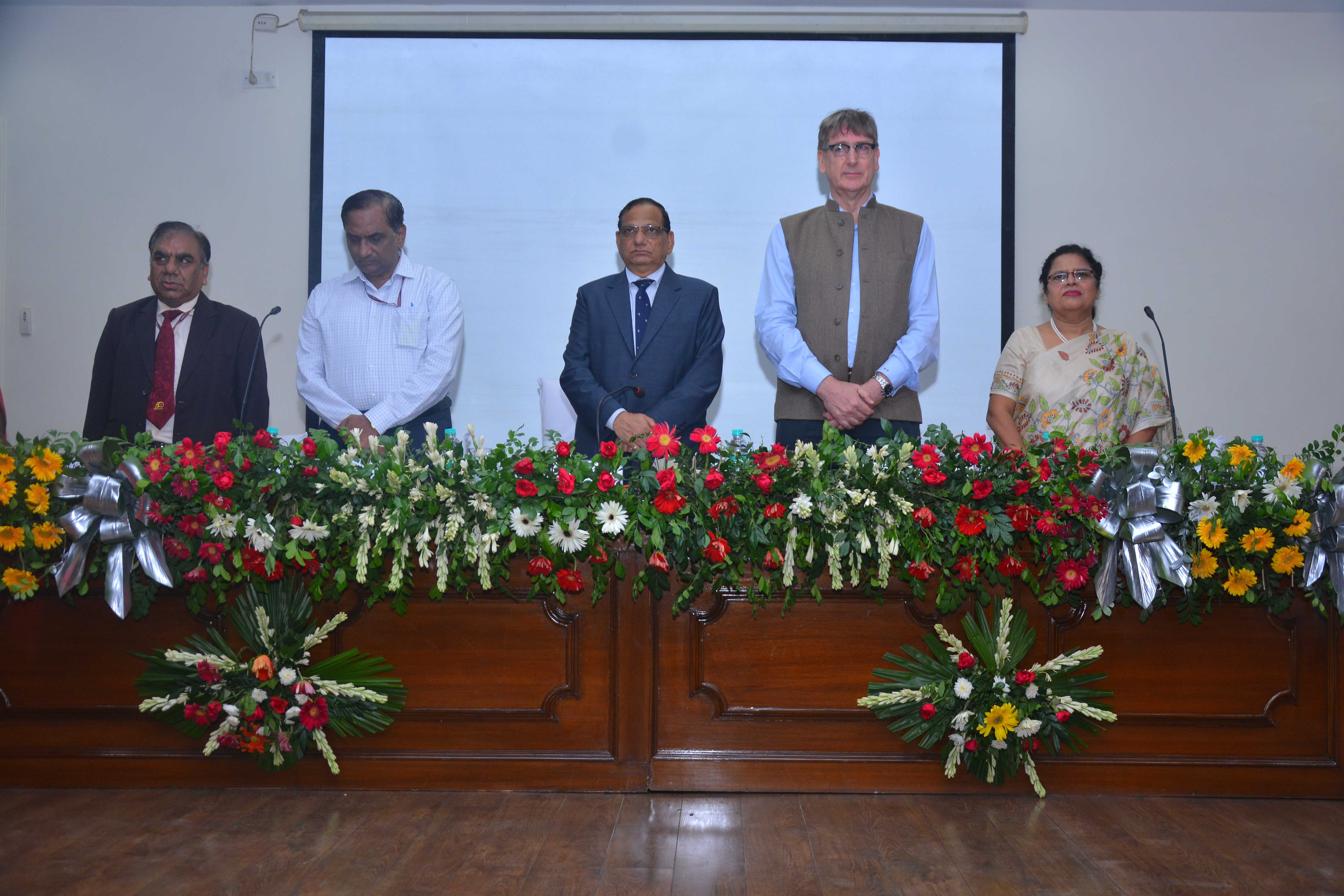 Dignitaries on the dais (from L TO R) Dr S K Singh, Director NCDC; Dr S Venkatesh, DGHS; Dr Vinod K Paul, Member NITI Ayog; Dr Henk Bekedam, WHO Representative India & Dr Sarita Dhawan, Additional Director, NCDC